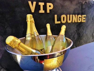 Le Vip Bar Lounge - Samedi 27 juin 2020 - Photo 1